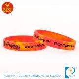 Wristband di gomma di stampa poco costosa su ordinazione dalla Cina