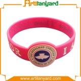 Wristband de borracha personalizado do silicone com presente