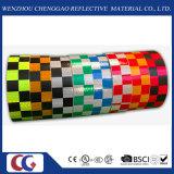 "2 "" X150 PVC反射安全テープ警告の付着力のチェック模様のConspicuityのマーキングテープ"