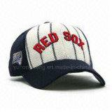 O algodão listrado ostenta o chapéu de basebol, tampão novo da era do Snapback