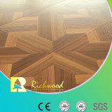 la noix de texture de la fibre de bois AC3 de 12.3mm cirée a affilé le plancher de Laminbate