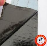 Hoja impermeable con capa autoadhesiva