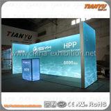 tela do alumínio de 3X6m que anuncia a cabine da feira profissional
