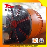 Tubulação pequena dos túneis Railway que levanta a máquina