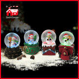 Bello Christmas Holiday Snow Globe Water Globe con il pupazzo di neve Train Chimney Stump Base di Cute