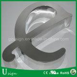 El titanio posterior superior del Lit del grado LED pone letras a muestras