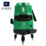 テスト、測定は及びレーザーのレベルの自動レベル5のグリーン・ラインを点検する