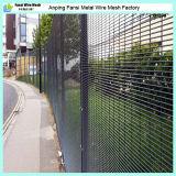 76.2mm x 12.7mm Clearvuの網によって溶接されるパネルの塀に塗る粉