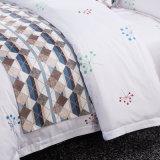 4つのPCSの安価な1000の糸のカウントの寝具のアンサンブル