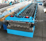 Metallplattform-Rolle, die Maschine bildet