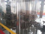 Imbottigliatrice acqua pura/minerale dell'animale domestico dello SGS