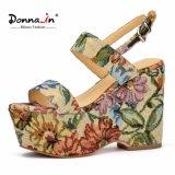 Absatz-Frauen-beiläufige Plattform-Sandelholze der Dame-Colorful Floral Fabric