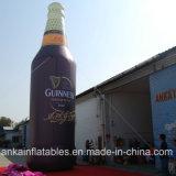 El anuncio publicitario utilizó toda la botella inflable impresa de Champán con buen precio