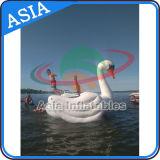 물 Towable 팽창식 스포츠 Equopment 의 재미를 위한 거대한 백조 물 Trampoline