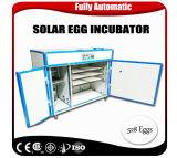 Инкубатор яичек цыпленка цыплятины 528 машины инкубатора яичка солнечной силы