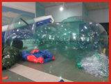 Bola de rodillo inflable transparente para el juego del agua