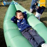 携帯用キャンプの空気ソファーの日曜日のLoungerの膨脹可能な赤ん坊の寝袋