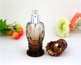 スプレーヤーポンプ(PB-004)を搭載する熱い販売の香水瓶