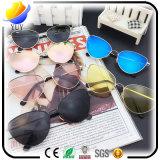 Lunettes de soleil promotionnelles faites sur commande de trou d'épingle en verre de Sun de promo
