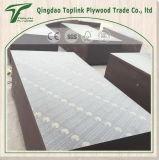 工場は直接構築のための覆われた薄板にされた直面された合板を撮影する