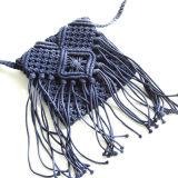 La paille tissée sur métiers à main met en sac le sac à main de gland de plage de femme de mode
