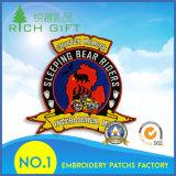 軍隊または警察または軍隊の紋章のための昇進の卸し売りカスタマイズされた方法魔法テープ平らなフラグの刺繍パッチ