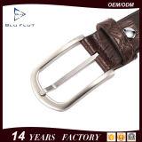贅沢な鋼鉄針先のバックルベルト本物牛革人ベルト
