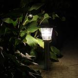Luz al aire libre de la cerca del césped del jardín del Inferior-Mantenimiento