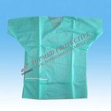 녹색 의학 처분할 수 있는 격리 가운과 수술 옷