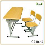 Conjunto desmontable del escritorio del estudiante del doble de los muebles de escuela