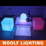 건전지 &16 RGB 연한 색을%s 가진 LED 입방체 의자