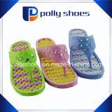Raggruppamento della spiaggia del pistone dei sandali delle cinghie di caduta di vibrazione delle donne casuale
