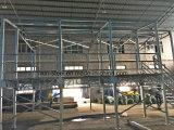 Fácil instalar la casa prefabricada del chalet del panel de emparedado del marco de acero