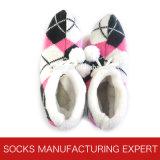 Der Frauen steuern Fußboden-Schuh-Socke automatisch an