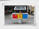 Lumière clignotante actionnée solaire d'avertissement bleu ambre rouge de sûreté