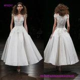 Silk Faille-Tee-Längen-Hochzeits-Kleid mit gesticktem Peplum Mieder