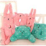 Het konijn draagt het Kussen van het Hoofdkussen van de Pluche