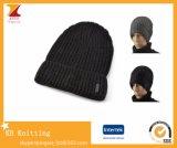 Winterknit-Beannie gerollte Hüte für die Männer der Frauen Unisex