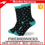 Calcetines clásicos calientes de la alineada ocasional de la venta de los hombres de los calcetines del algodón caliente de la porción