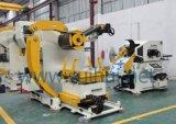 Straightener e Uncoiler da máquina da automatização a fazer as peças do carro
