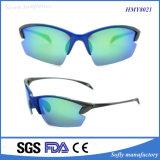Soflyingの方法屋外の競争のための緑によって分極されるスポーツのサングラス