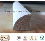 Molde de madeira triangular da parede do material de construção do frame