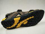 Sandali esterni di svago di estate dei pattini di cuoio di alta qualità della Cina per gli uomini