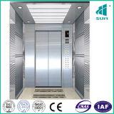 Ascenseur de passager avec l'assez grand véhicule