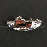 Chevilles molles faites sur commande de bateau en métal d'émail/insigne