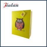 Bolsa de papel del regalo del brillo y de la aplicación 3D con la etiqueta