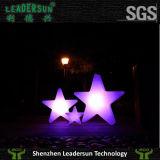 Leadersun는 우아한 유일한 디자인을%s 가진 LED 바 가구 Ldx-C22this LED 바 의자, 먼에 의하여 건전지에 의하여 운영한 색깔 변하기 쉬워 통제되는, 에너지 절약 착석시킨다,