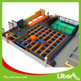 محترفة رياضيّة داخليّة [ترمبولين] متنزهة مع عنكبوت برج وحصيرة أولمبيّة