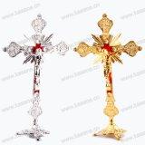 Gold-/Silber frommes Juses Metallstehendes Kruzifix, Kirche-/Ausgangsdekoration-Katholisch-Statue
