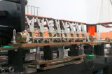 Máquina que sopla de consumición de la botella del agua plástica